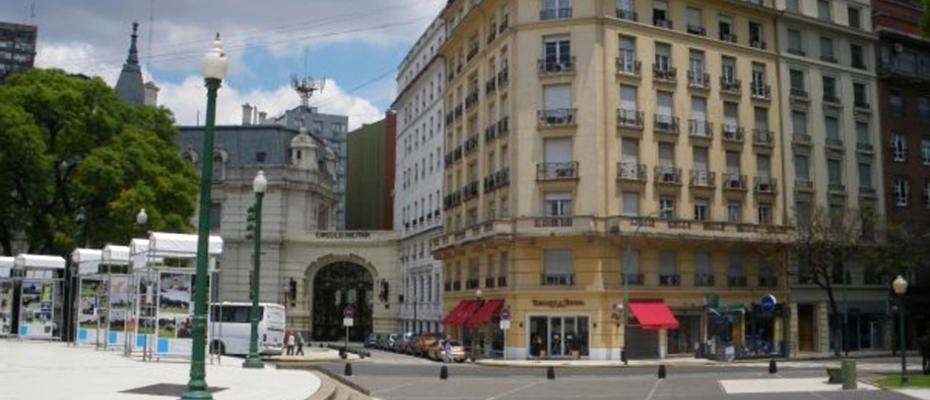 TORCUATO & REGINA - IMA ARCHITECTS